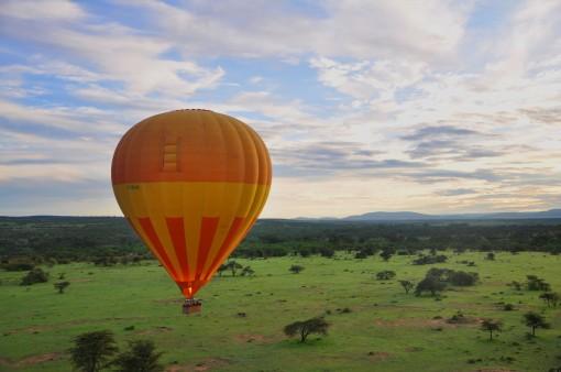 Ballooning_Away_in_Maasai_Mara