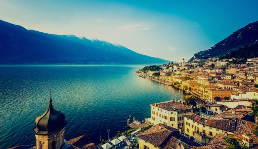 lakegarda-italy-holidays1-1600x930