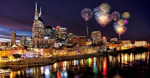 1112301001111nashville_fireworks2_mg_77-e1392508188245